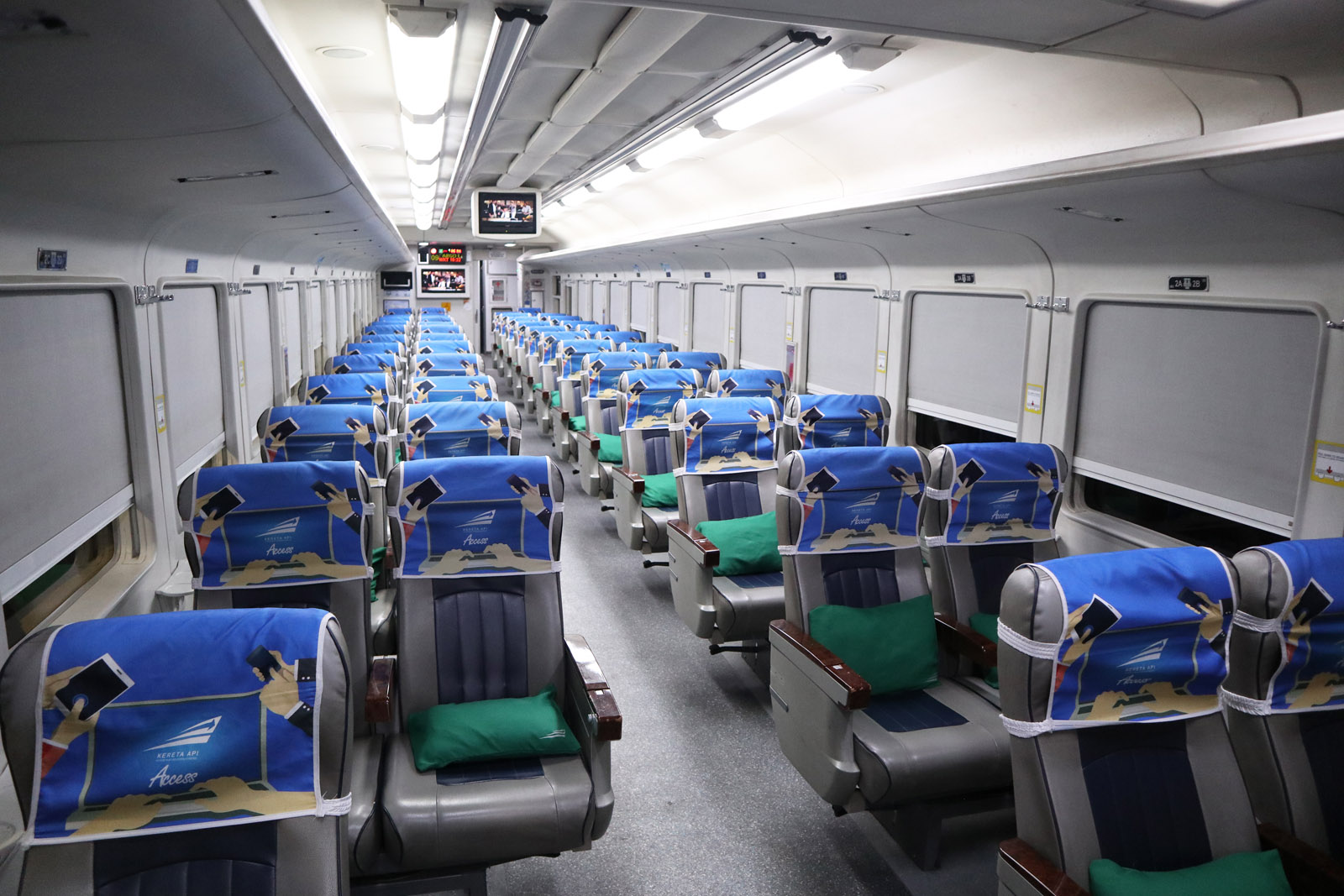 Train Review Argo Lawu Ka8 Kelas Eksekutif Gambir To Solo Balapan Firstmareza Com